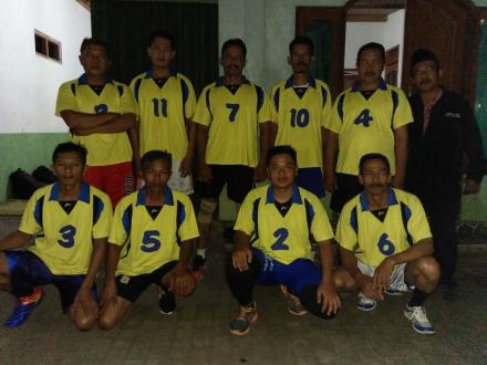 Pertandingan voli persahabatan Pamong Desa Argodad