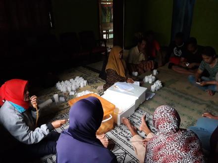 Penelitian Penyakit Kaki Gajah di Dusun Cawan