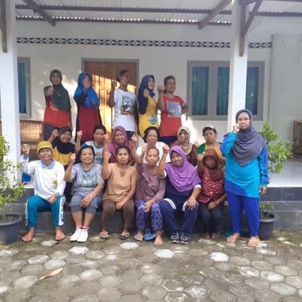 Lansia dan Pralansia Sukoharjo Gelar Kegiatan Kesorga
